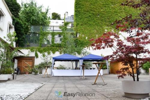 Terrasse et service traiteur en plein air à Paris